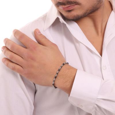 Bracelet with hematite and black ceramic