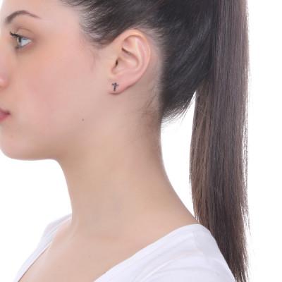 Lobe earring with Latin cross of black zircons