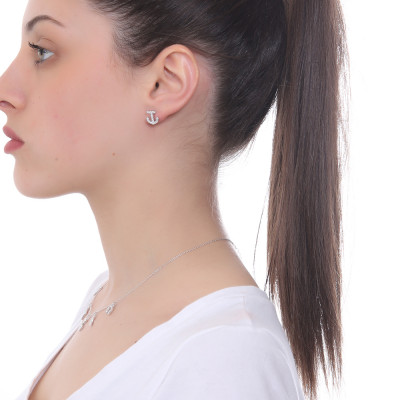 Lobe earring with cubic zirconia crescent