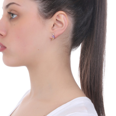 Lobe earring with cubic zirconia flamingo