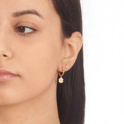 Yellow gold-plated mono earring with four-leaf clover