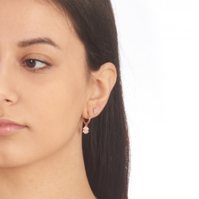 Rose gold plated mono earring with four-leaf clover