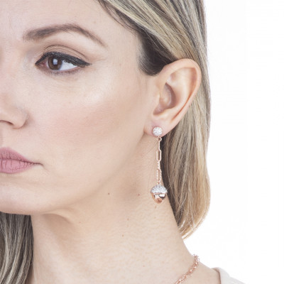 Pendant earrings with rose gold plated pyramidal element and zircons