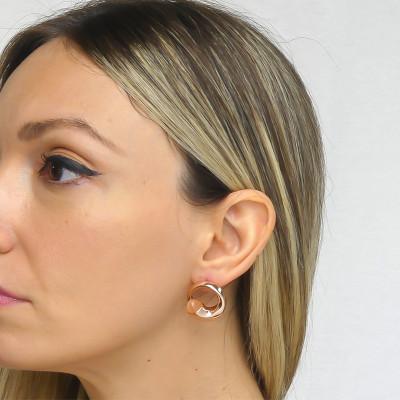Stud earrings with carnelian crystals