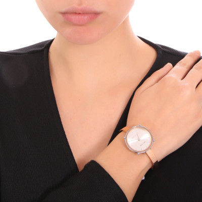 Pink woman time only watch with Swarovski indexes