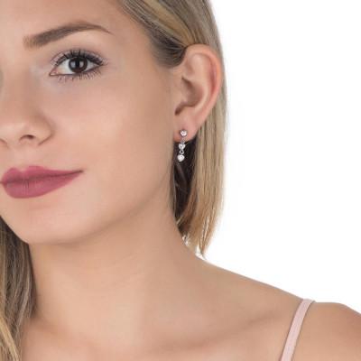 Earrings with zircons to heart