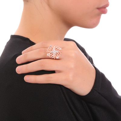 Ring with coral and Swarovski crystal decoration