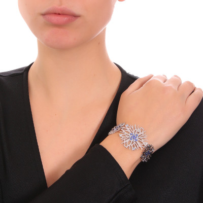 Bracelet with coral and blue Swarovski decoration