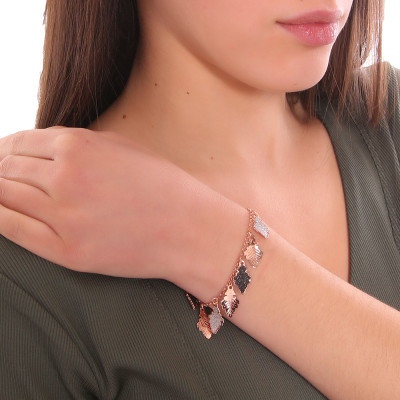 Rose gold plated bracelet with oak leaves