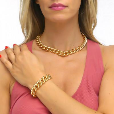 Yellow bronze medium curb bracelet