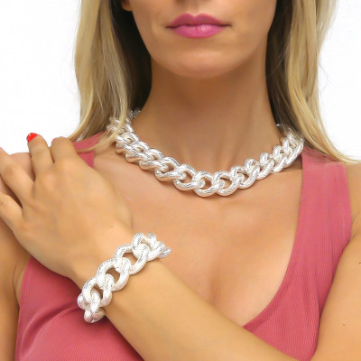 Silver cotroned curb bracelet