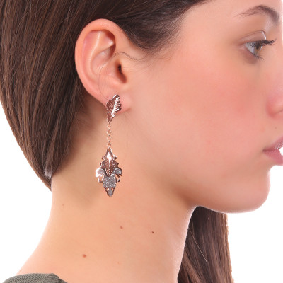 Rose gold plated earrings with a tuft of smooth and glittery hanging leaves