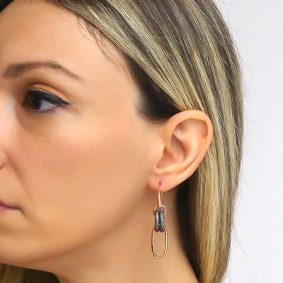 Pink bronze chain earrings with ruthenium