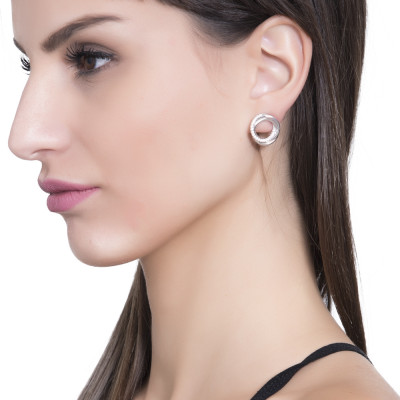 Circular lobe earrings with cubic zirconia