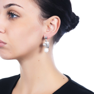Tufted earrings with natural pearls, aquamarine and white agate