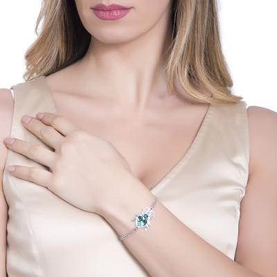 Bracelet with central scarab