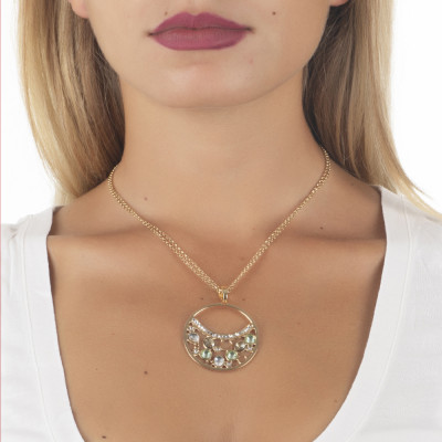 Necklace double wire with a pendant decorated with Swarovski crystal, chrysolite and gold