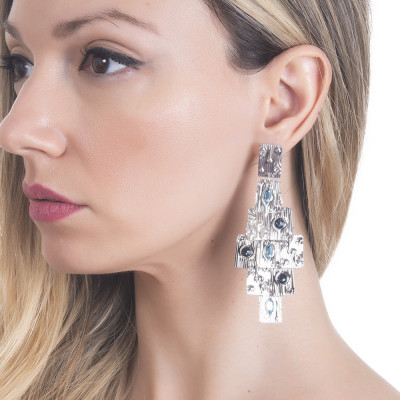 Chandelier earrings with blue Swarovski