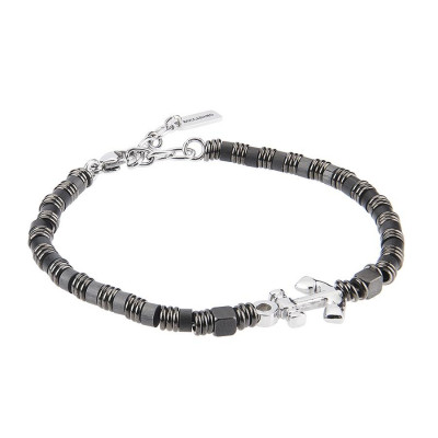 Bracelet with small cubes of hematite, smooth shirts and central yet