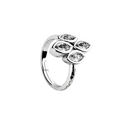 Ring with zircons to shuttles brilliant cut