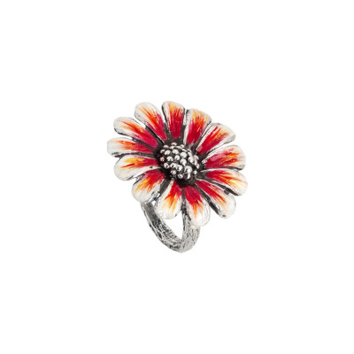 Daisy ring in burnished silver and painted in shades of orange