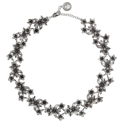 Burnished silver necklace with lilium flowers decoration