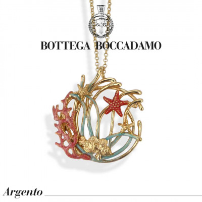 Double necklace with pendant decorated with enameled anemones