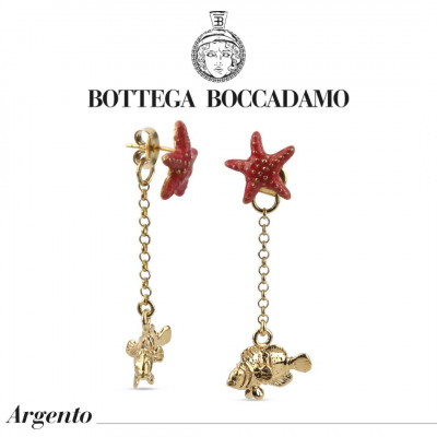 Double earrings with coral-colored starfish and pendant