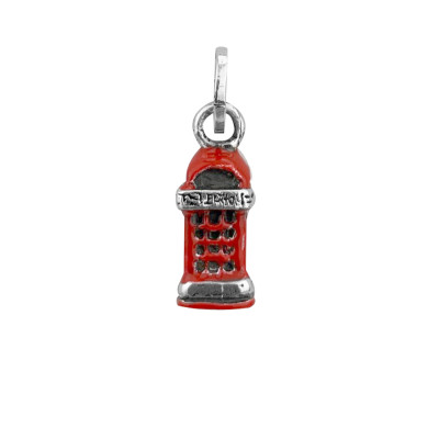 Charm red London cabin