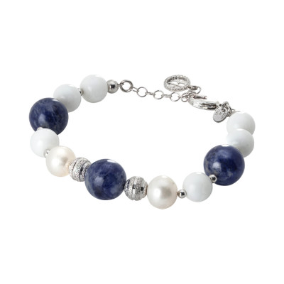 Rhodium plated bracelet with natural pearls, sodalite and white agate