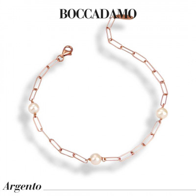 Rose gold plated wire mesh bracelet with natural pearls passing through