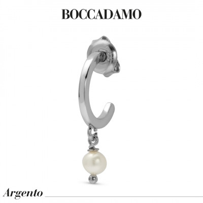 Mono earring with natural pearl