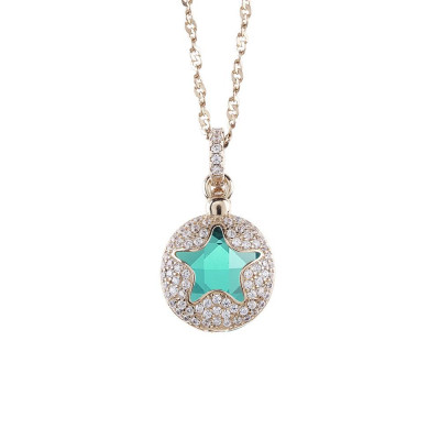 Necklace color gold with star retractable zircons and crystal clear green