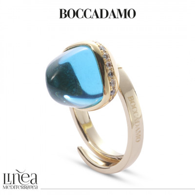 Ring with aquamarine crystal