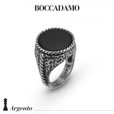Rope signet ring with black agate