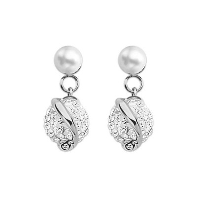 Silver earrings with pearl and rhinestones