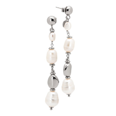 Earrings with natural baroque pearls