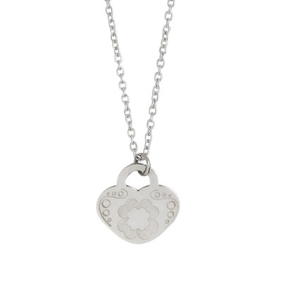 Necklace with heart and four-leaf clover