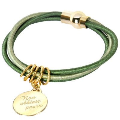 "Bracelet with engraved message: ""Do not be afraid"""
