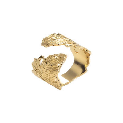 Yellow gold plated band ring with oak leaf