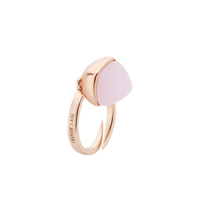 Rose gold plated ring with rose quartz color crystal