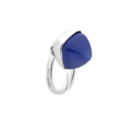 Ring with tanzanite pendant crystal