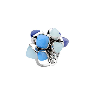 Ring with tuft of tanzanite, aquamarine and chalcedony crystals