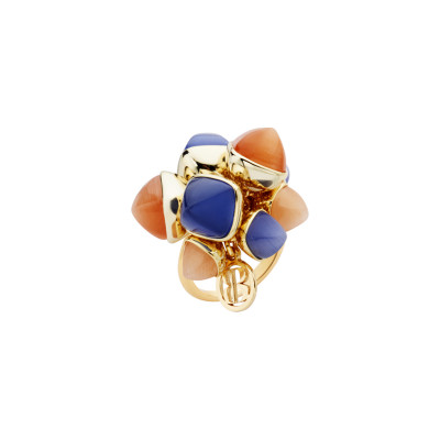 Ring with tuft of tanzanite crystals, carnelian and moonstone