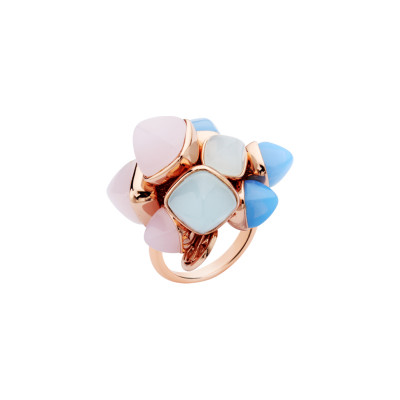 Ring with a tuft of aquamarine, rose quartz and chalcedony crystals
