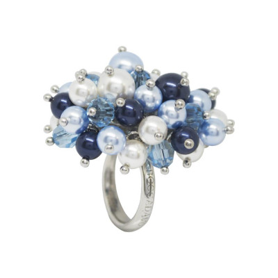 Ring with a bouquet composed of crystals aquamarine and Swarovski beads from blue tones