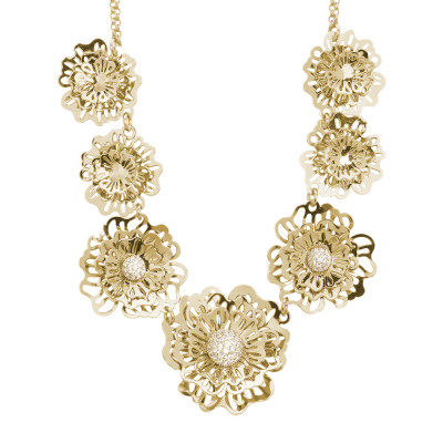 Short golden necklace with three-dimensional degraded wild roses